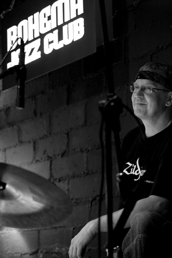 Krzysztof Zawadzki of the Hiram Bullock Trio - Gdynia in Oct. 2007