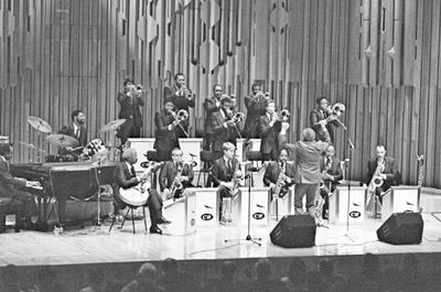 Count Basie Orchestra Frank Foster 0428518 Barbican, London. Oct. 1986 Images of Jazz