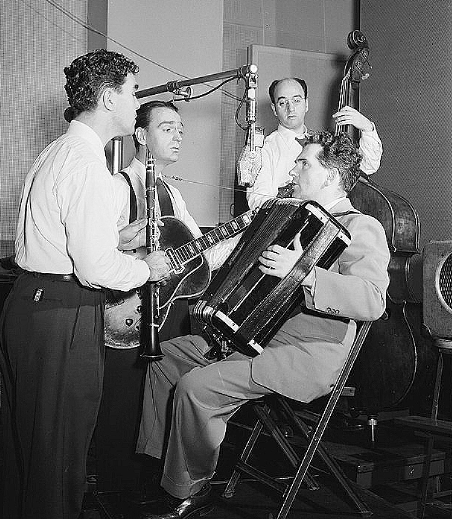 Joe Mooney and Band at Decca Studios 1946