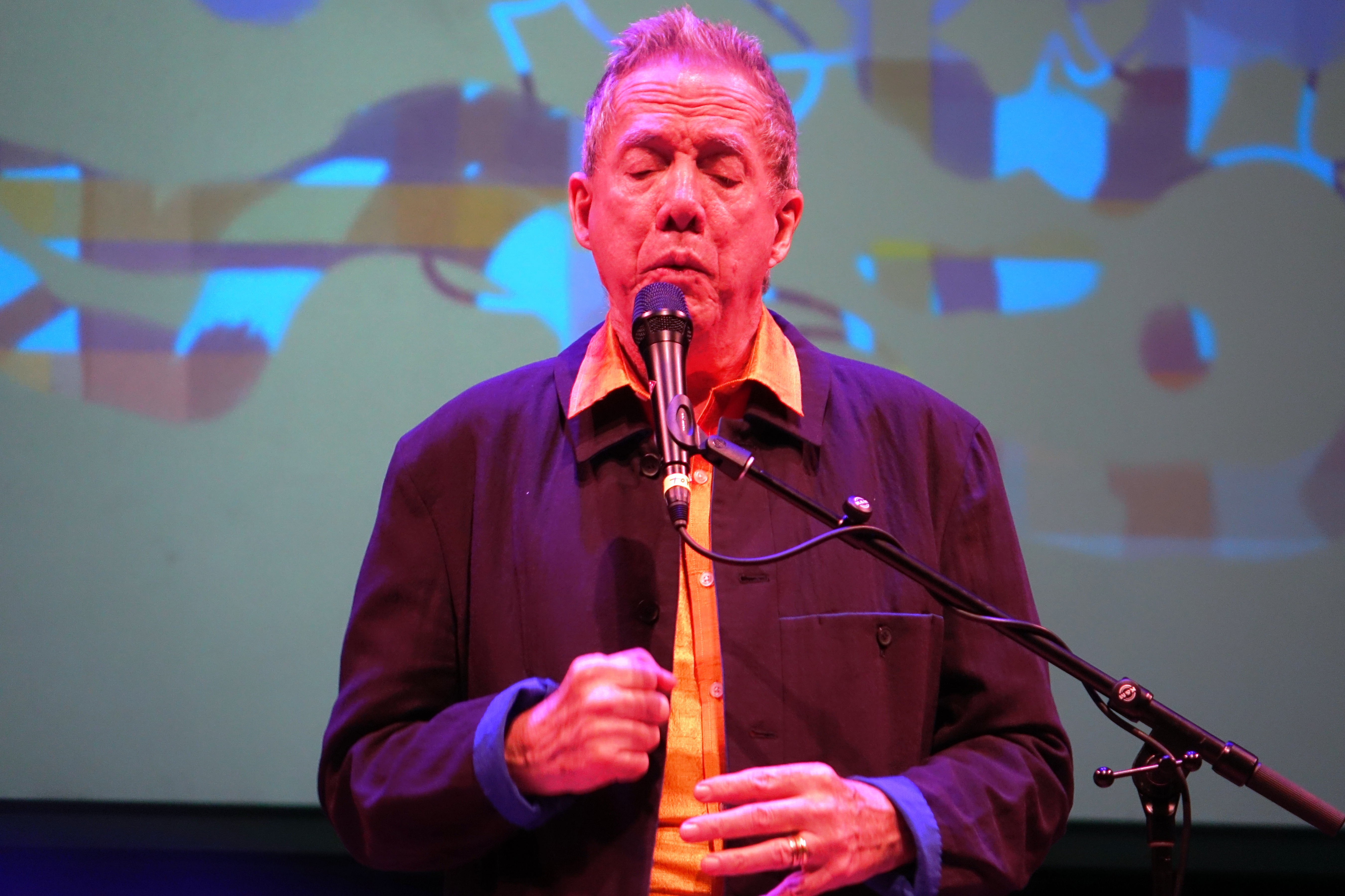 Thomas Buckner at Roulette, Brooklyn in May 2018