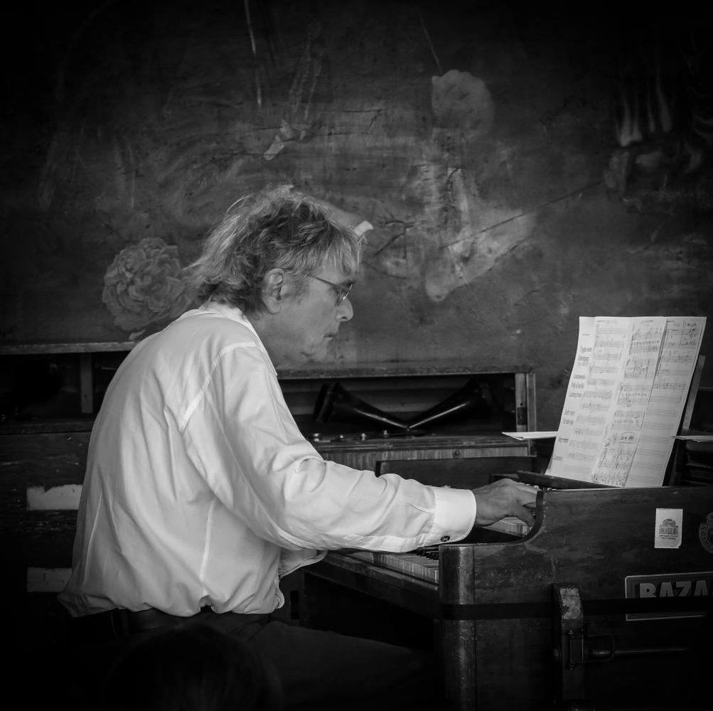 Koppel & Son (Anders Koppel) at a recording session in Copenhagen 2017.06.08