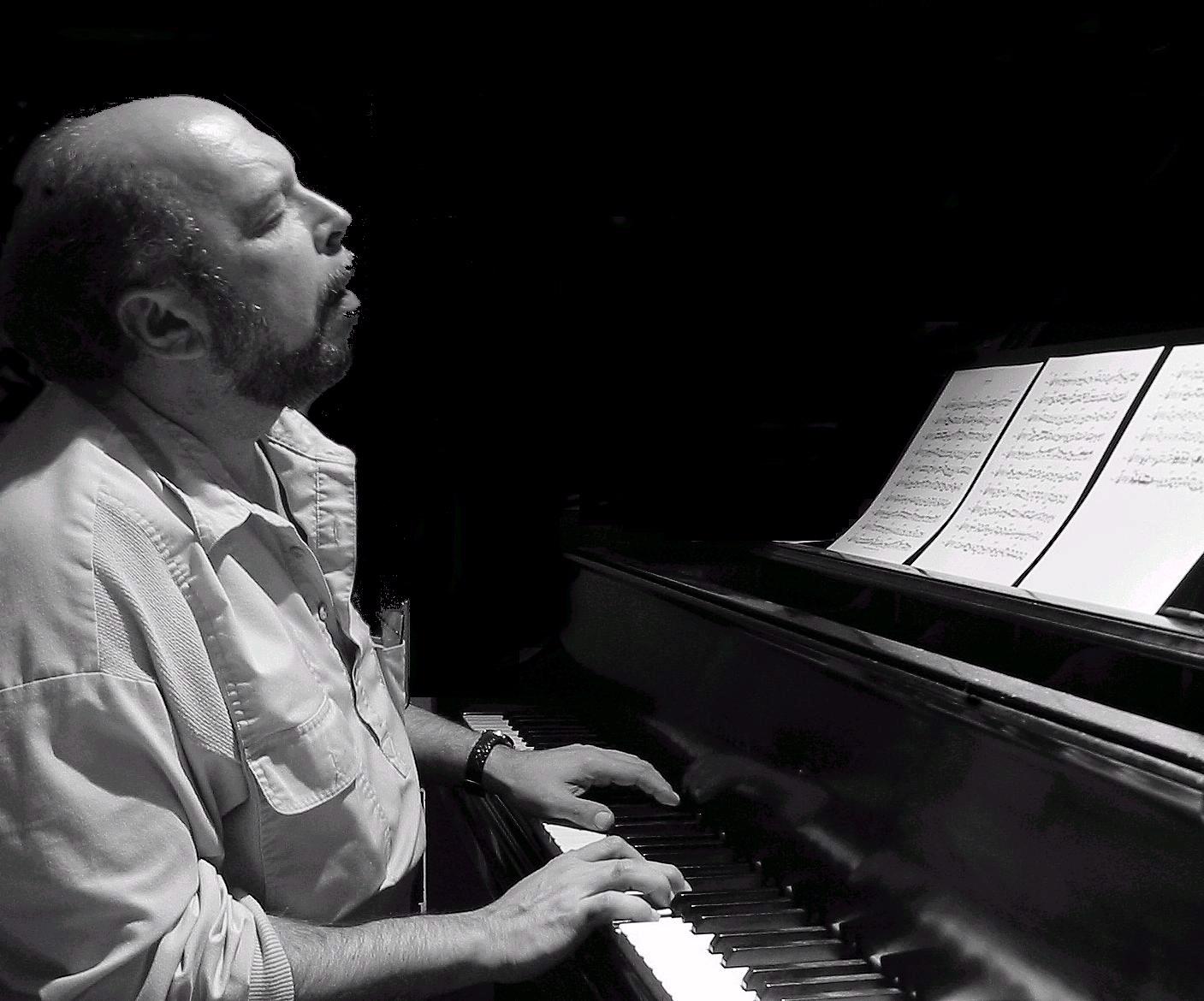 Mark Kramer at Piano
