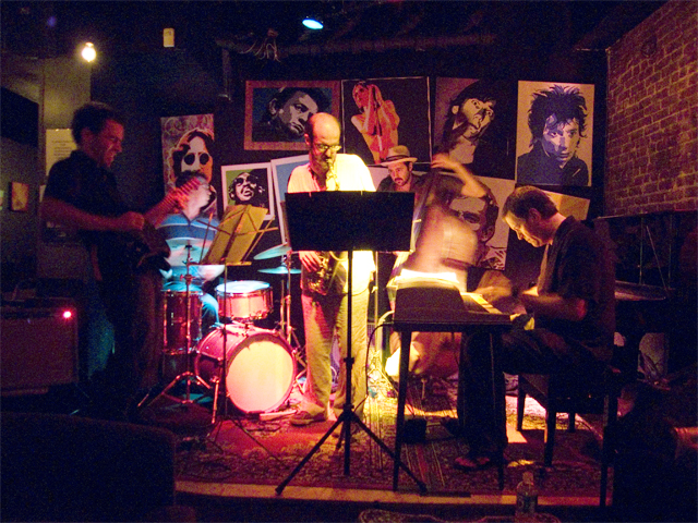 Michael Attias' Ocean Motion (w/Russ Lossing, Todd Neufeld, John Hebert &Amp; Jeff Davis) - Bar 4 2007