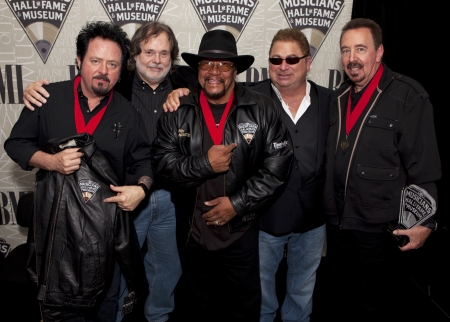 Steve Lukather, Joe Chambers, Billy Cox, David Paich, Louie Shelton.