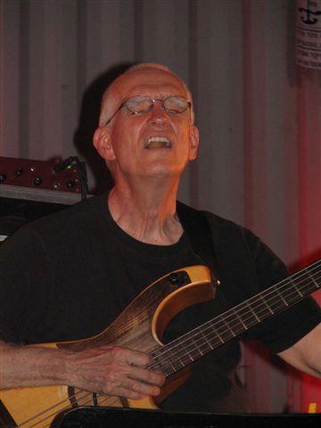 2008-08-27 Steve Swallow, Red Sea Jazz Festival, Eilat, Israel .JPG