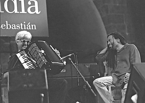 Gil Goldstein - Bobby McFerrin / San Sebastian 2001