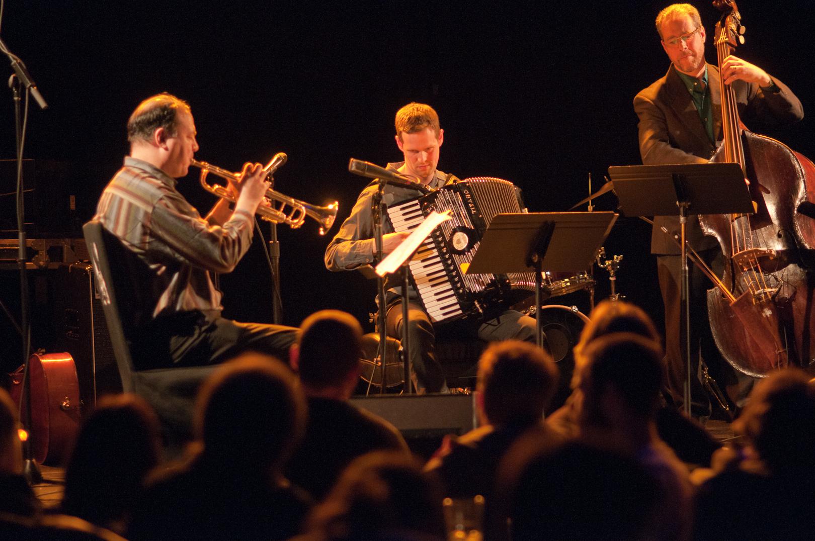 Will Holshouser Trio Including Ron Horton and Lindsey Horner