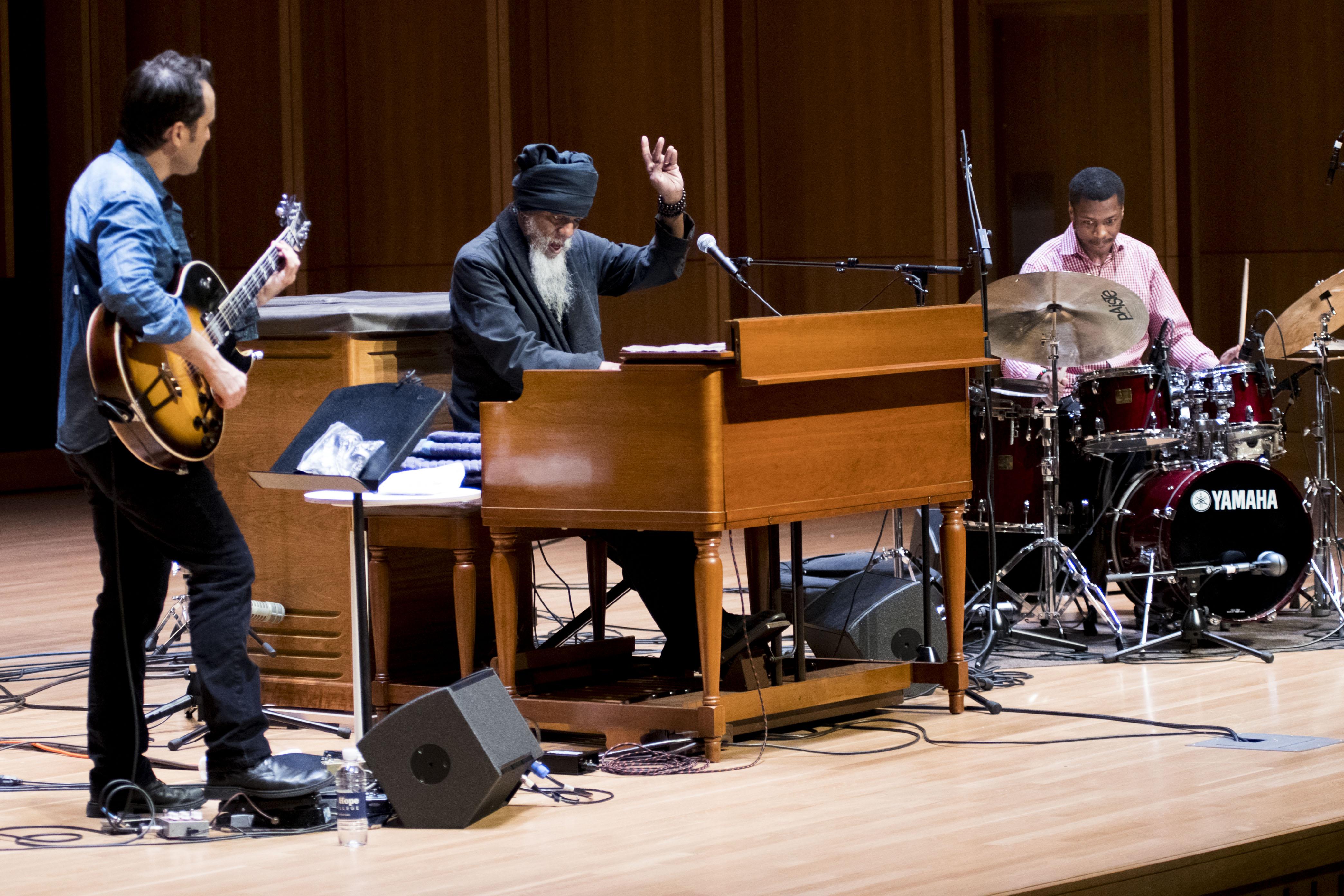Jonathan Kreisberg, Dr. Lonnie Smith & Xavier Breaker