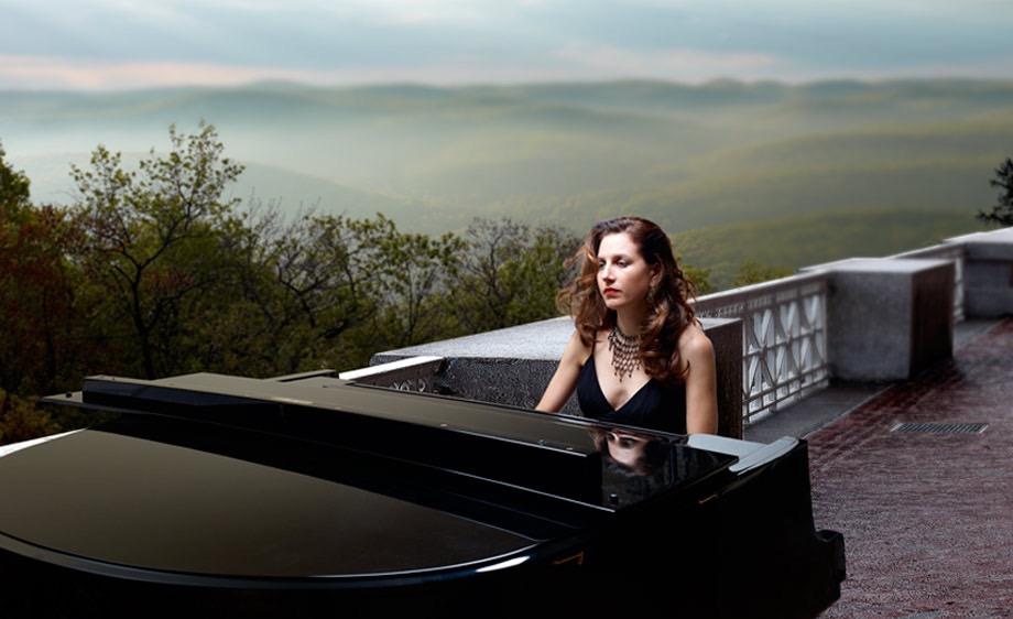 Alexis Cole