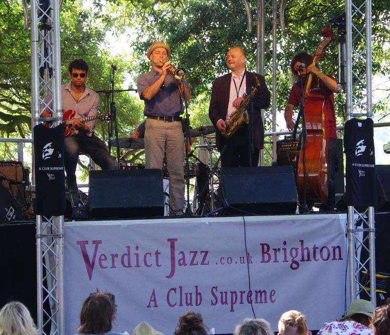 One hat trio, love supreme jazz festival