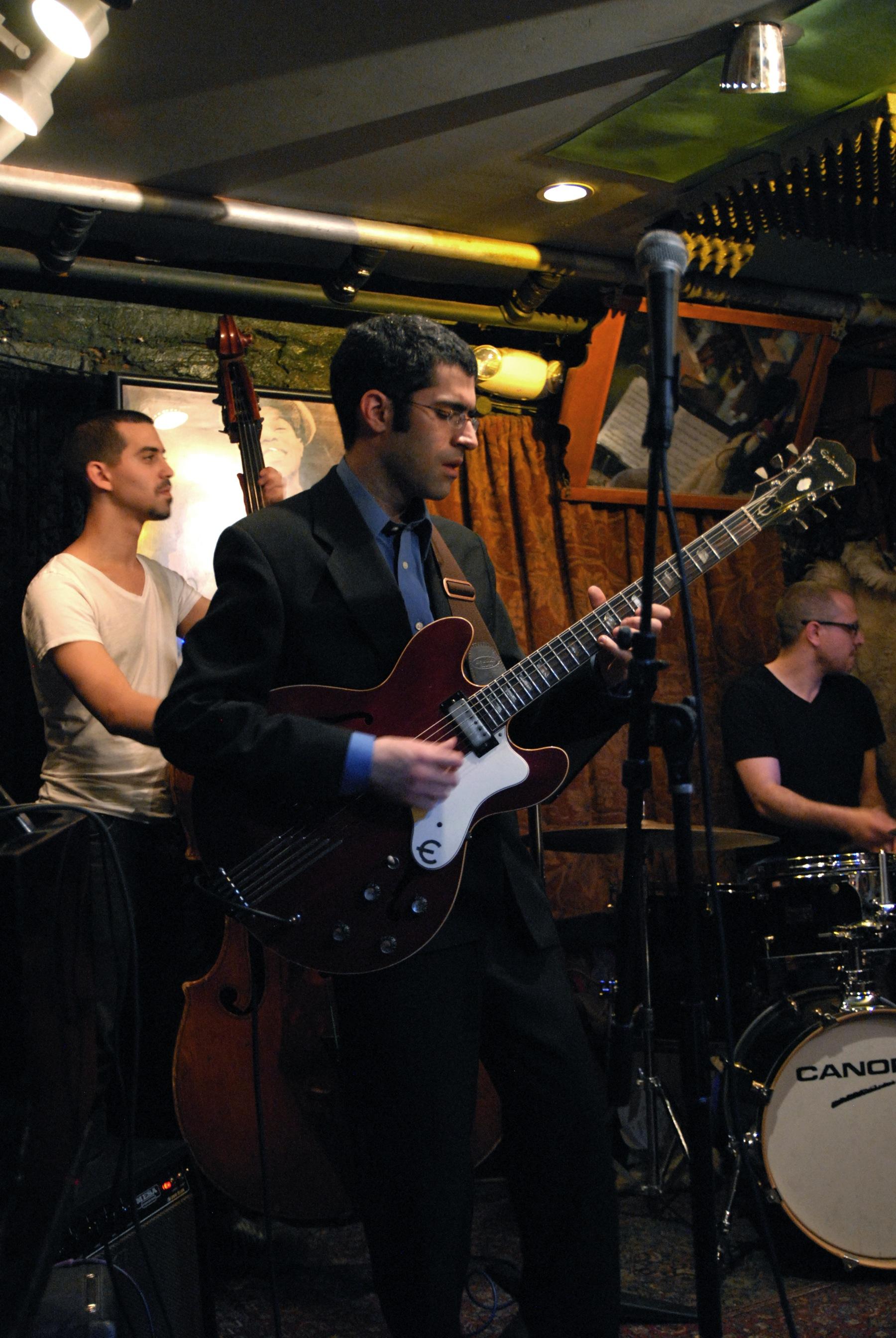 Nadav Remez Smalls 2011