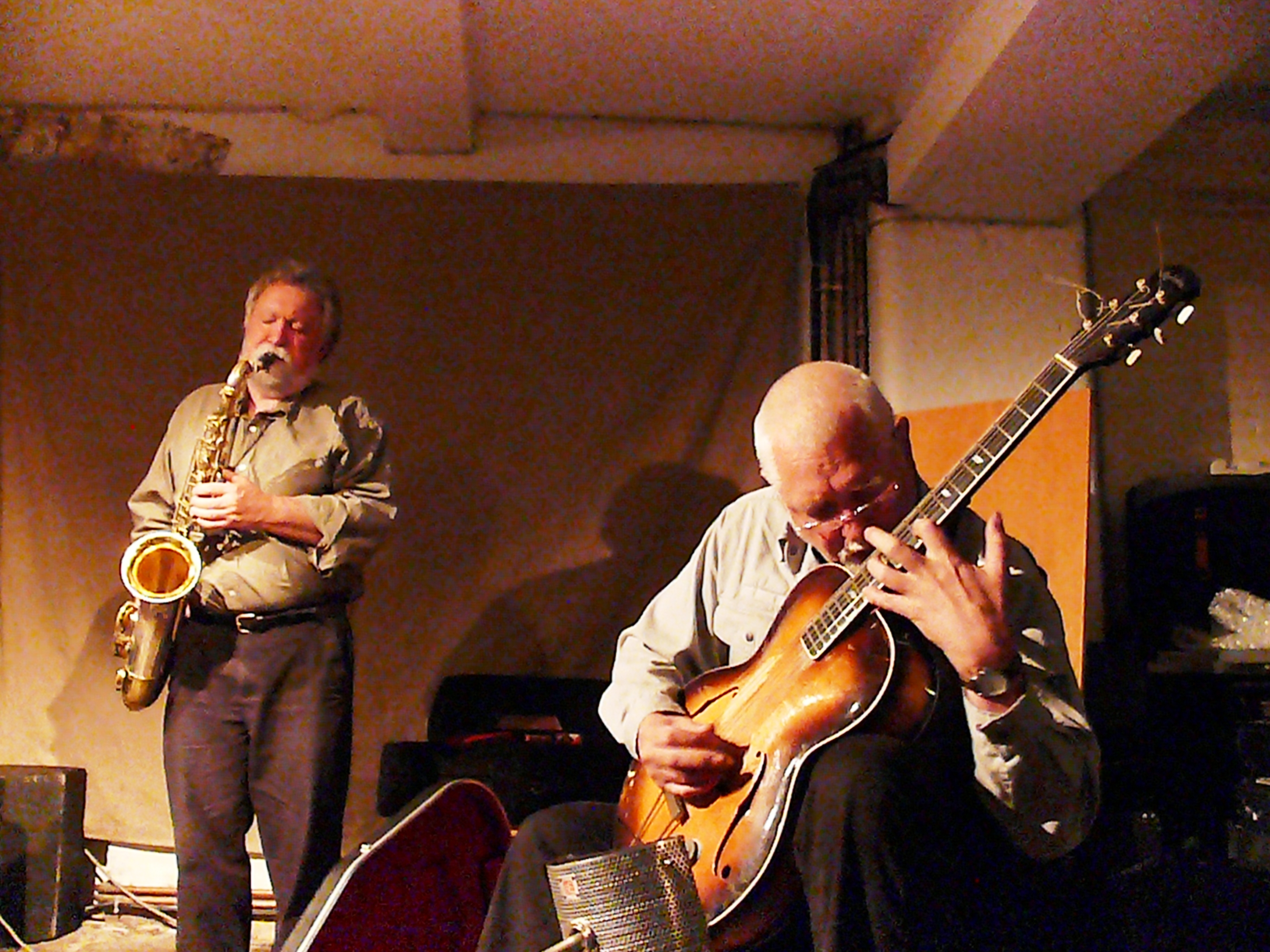 Evan Parker and John Russell at Cafe Oto, London in May 2011