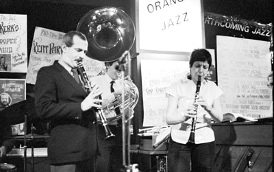 Kenny Davern Jane Gwynn 0322152 Prince of Orange, Rotherhithe, London. December 1984. Images of Jazz