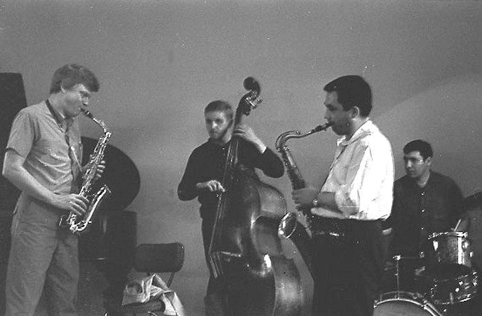 G. mulligan with v. west's km quartet (a/k/a v. sermakashev) jam in moscow