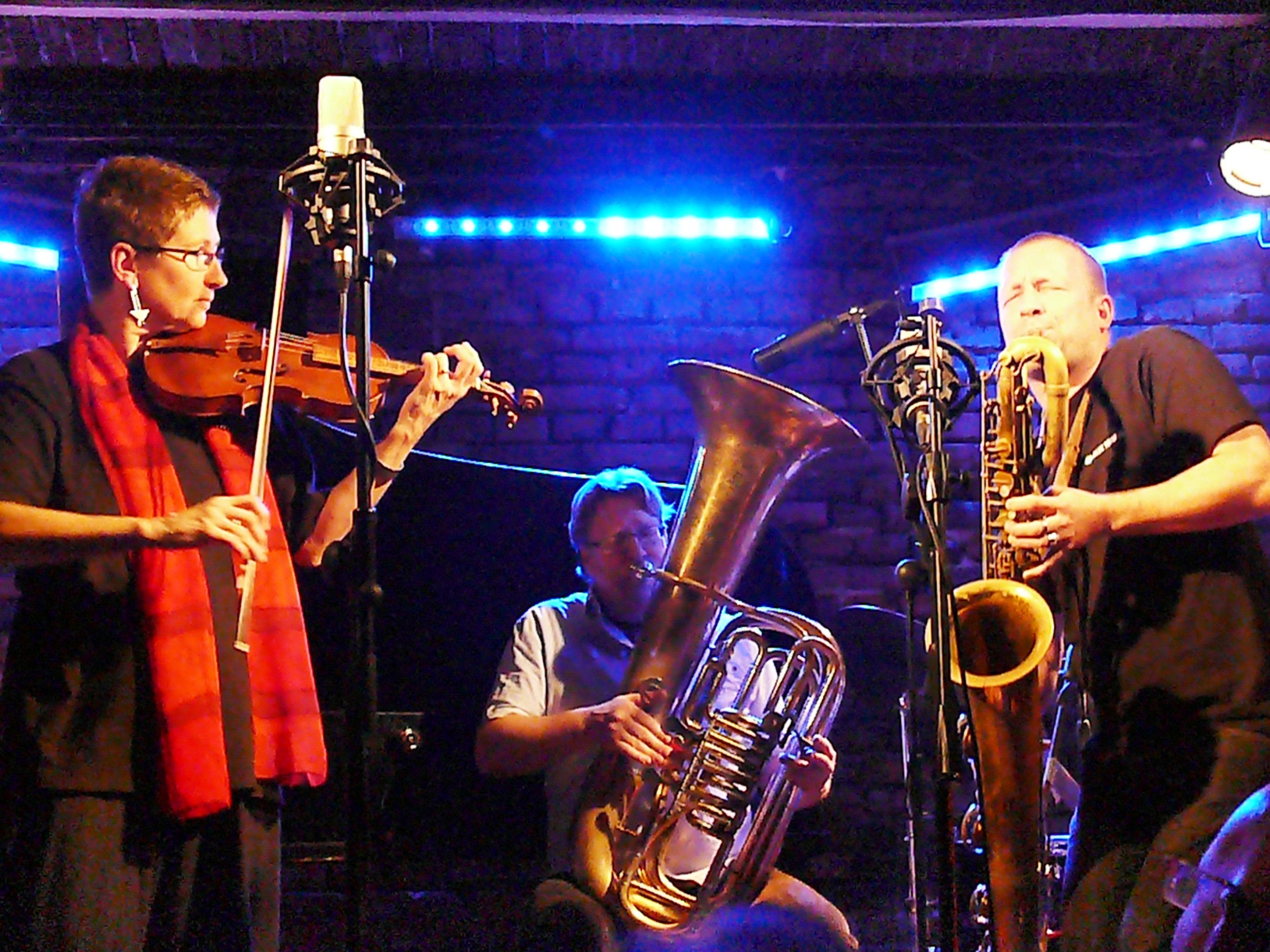 Maya Homburger, Per Ake Holmlander and Mats Gustafsson at Alchemia, Krakow in November 2012