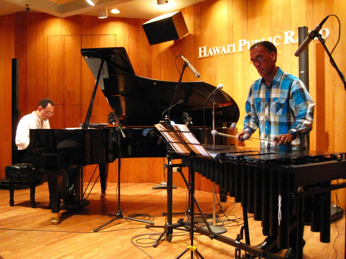 Harmony Duet - Live in Honolulu
