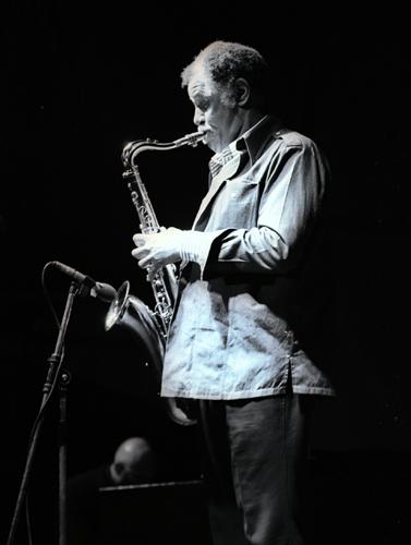 Dexter Gordon 0215135 Images of Jazz