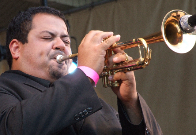 2006 Chicago Jazz Festival, Sunday:Tito Carrillo with the Willie Pickens Quintet