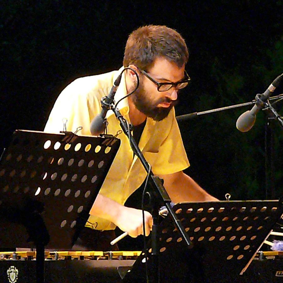 Jason Adasiewicz at Jazz Em Agosto Lisbon