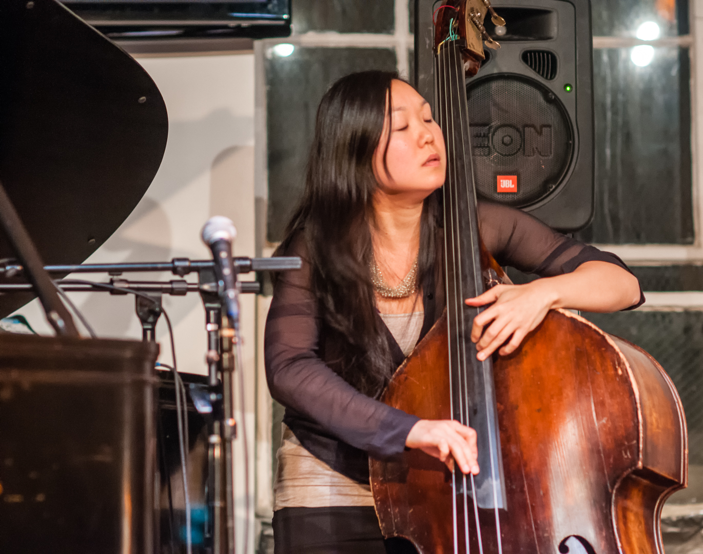 Linda oh with quartet at the jazz gallery
