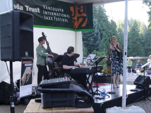 Vancouver Jazz Fest with Vocalist Leora Cashe