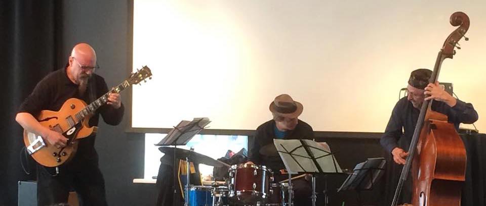 03.15 Michael Musillami Trio @ the Jazz Club