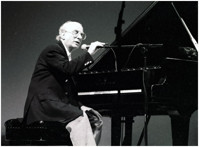 Dick Hyman 0869327 Brecon Int. Jazz Fest., Wales, UK. Aug. 1998 Images of Jazz