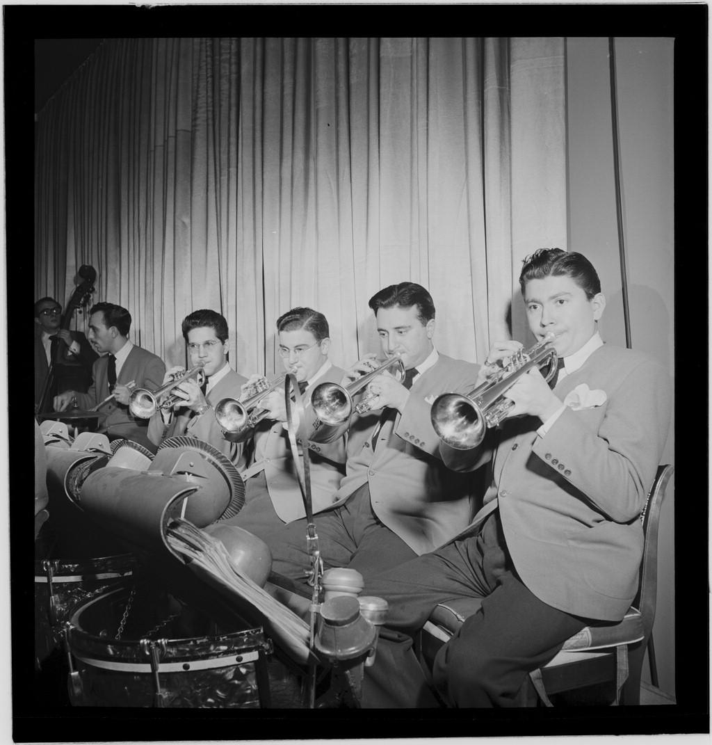 Travis (on Left, Tpts), 1947