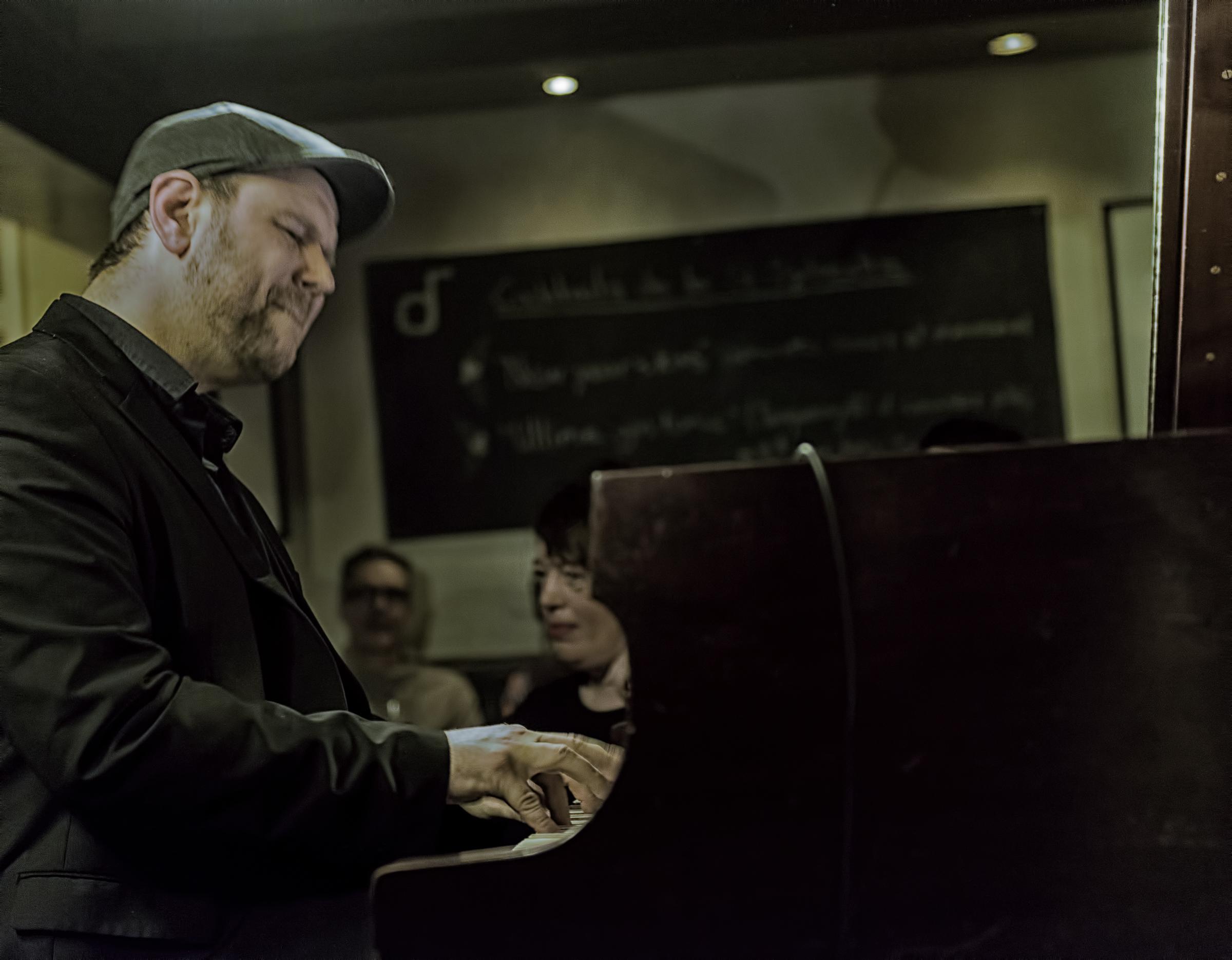 Paul Shrofel with Al McLean at Diese Onze in Montreal