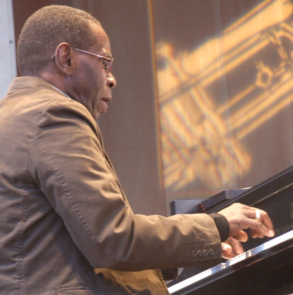George Cables with Charisma at 2010 Chicago Jazz Festival