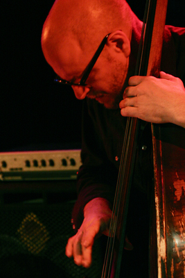 """Kent Kessler with """"Vandermark 5"""" at the Sud Des Alpes, Amr, Geneva, Switzerland, 2005"""