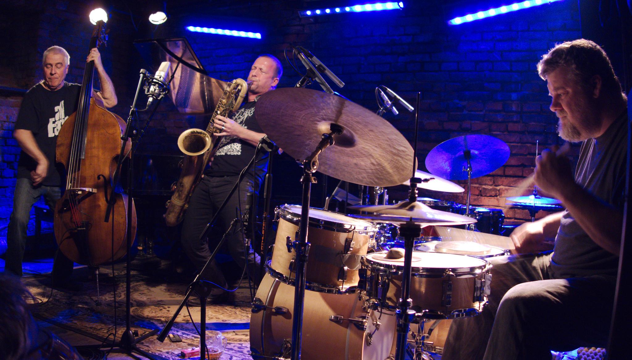 Tarfala Trio at Alchemia, Krakow in November 2012