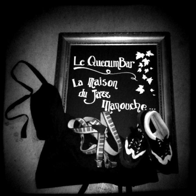 Window blackboard QuecumBar