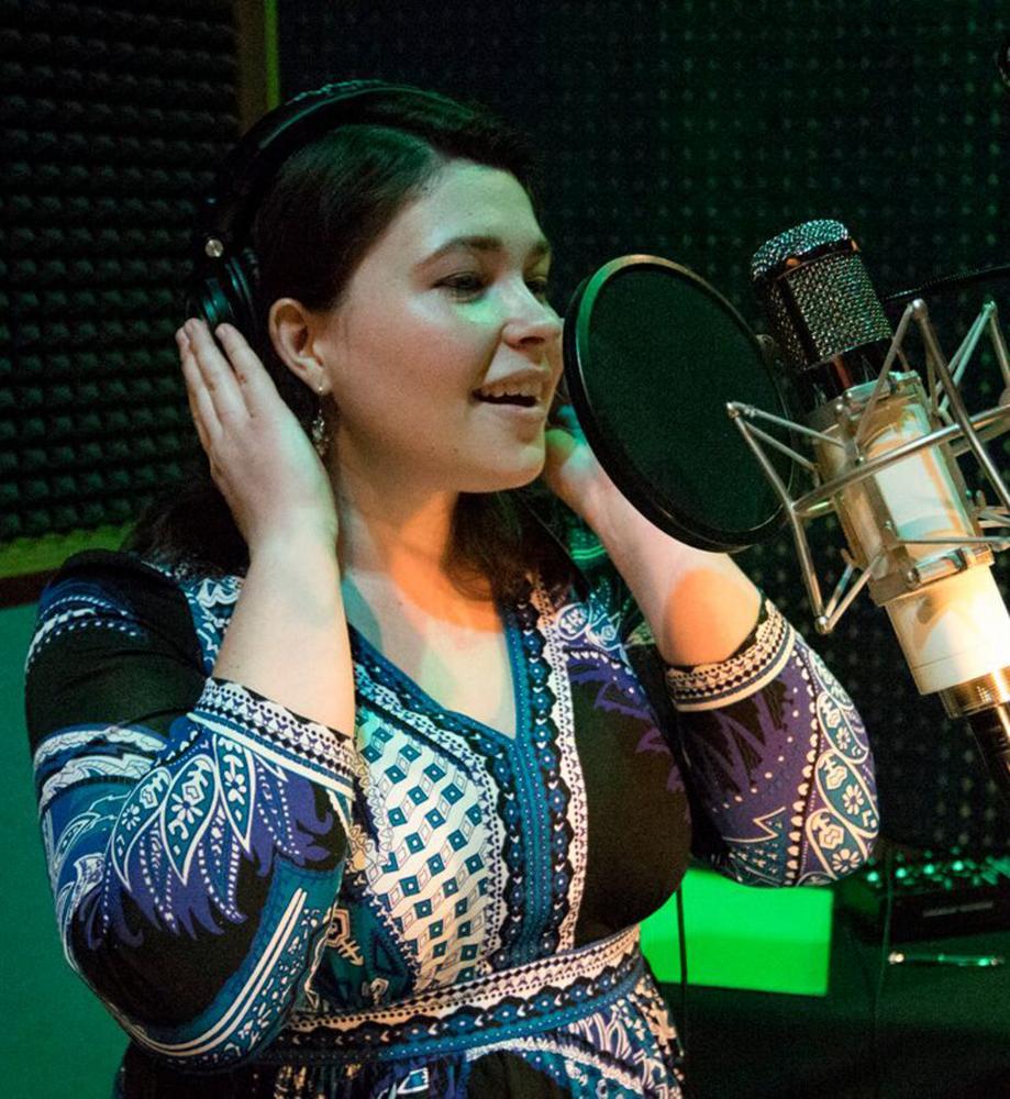 Vocalist Maria Schafer at Paramount Studios
