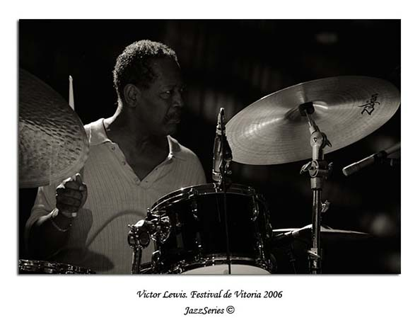 Victor Lewis. Vitoria-2006