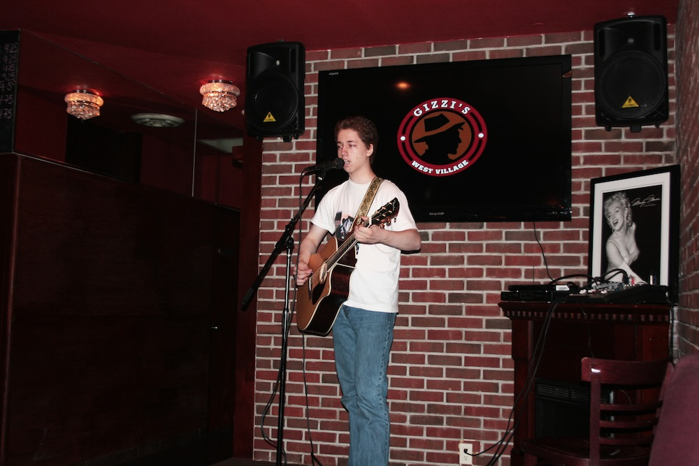 Jesse Statman @ Gizzi's Cafe 7/21/11