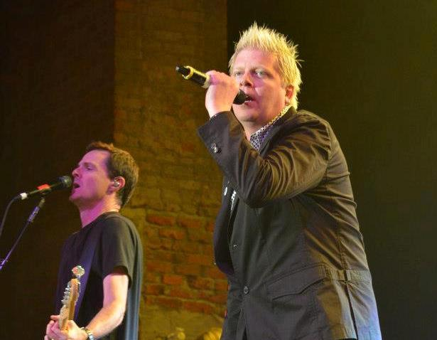 The Offspring with Neon Trees and Dead Sara: Huntington, NY, September 20, 2012