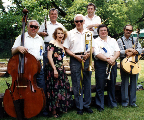 Bill Sargent's Trad-Jazz Rousers Dixieland Band 5 - Lee Burrows, Kim Cusak, Annie Denison, Herb Draeger, Bill Sargent, Jeff Piet