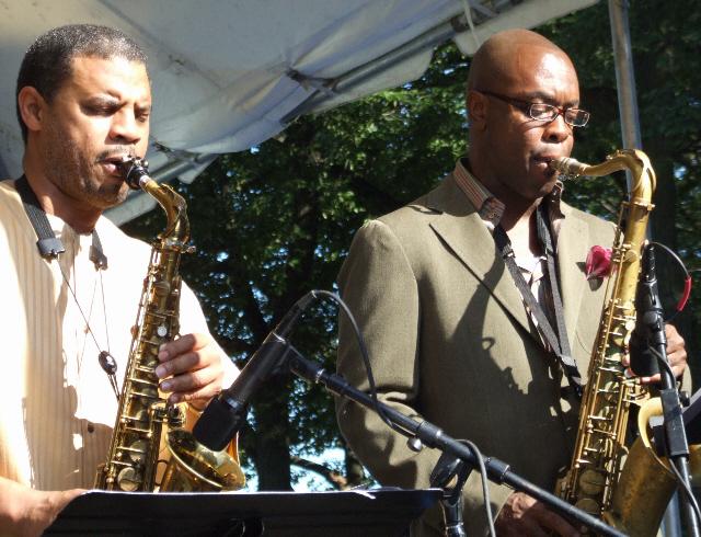 2006 Chicago Jazz Festival, Saturday: Steve Wilson (Left) and Tim Warfield with Dana Hall Quintet
