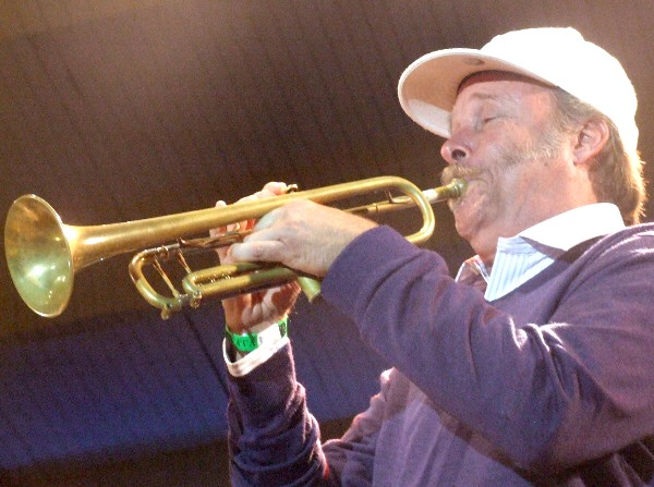 Tom Halter with Either/Orchestra at 2010 Chicago Jazz Festival
