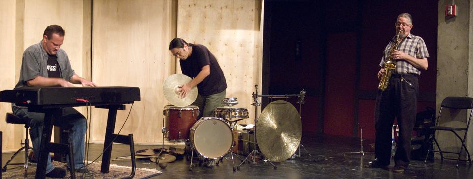 Gary Hassay, Dan Dechellis and Tatsuya Nakatani - The Living Lab at Living Theater 2007