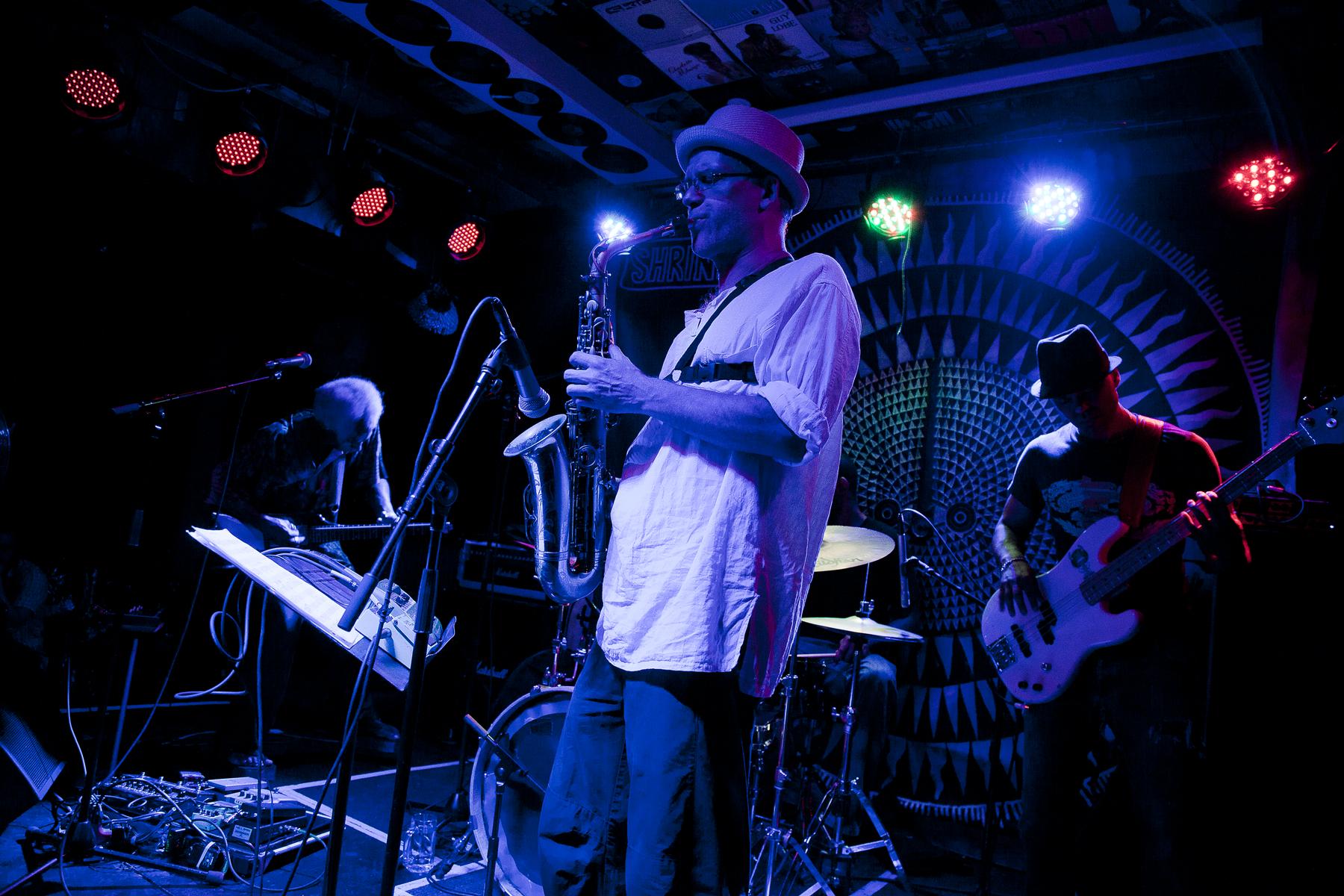Welf Dorr, On Ka'a Davis and the Original Djuke Music Players