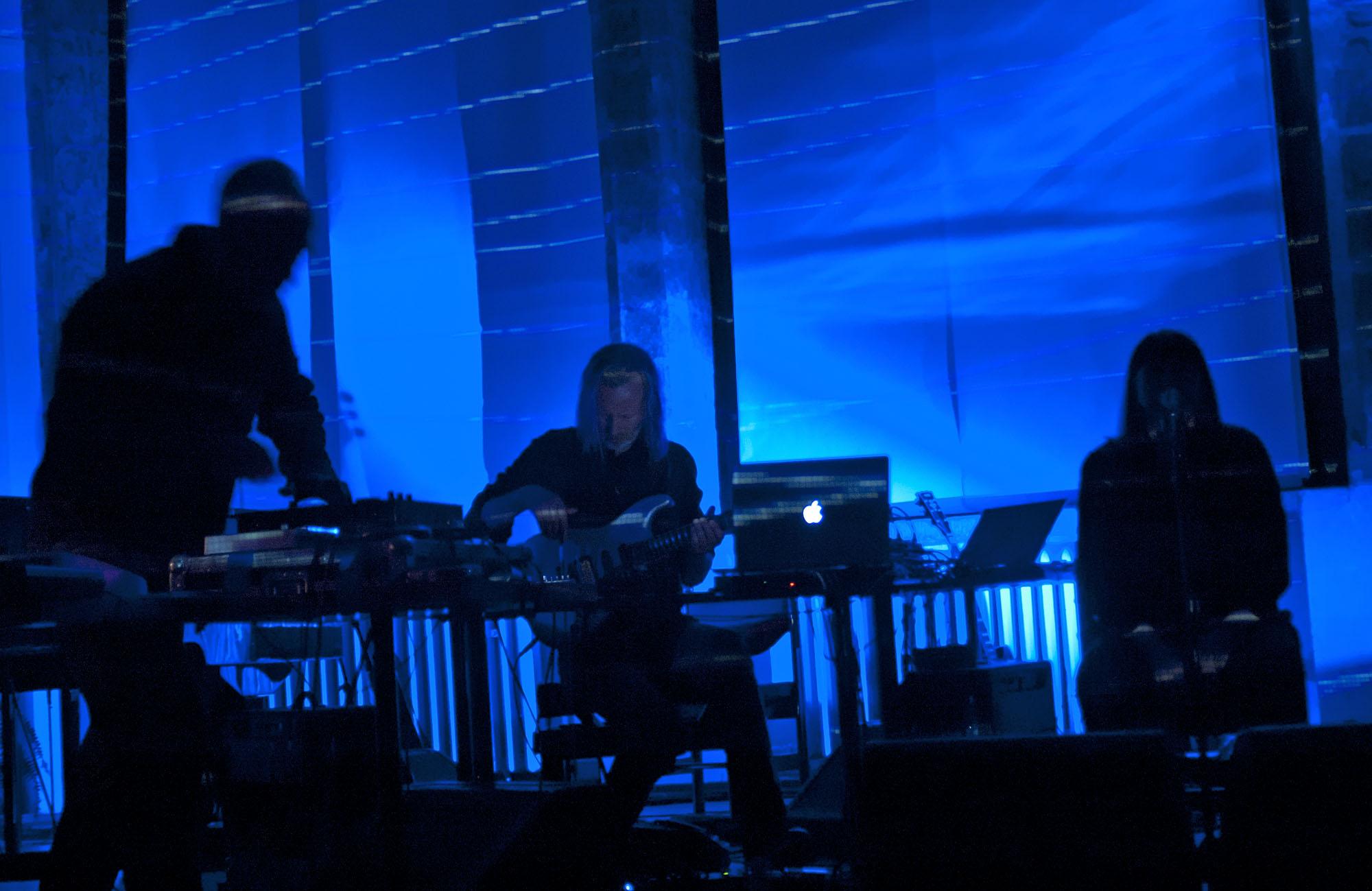 Jan Bang, Eivind Aarset, Sidsel Endresen, Punkt in Tallinn, April 2011