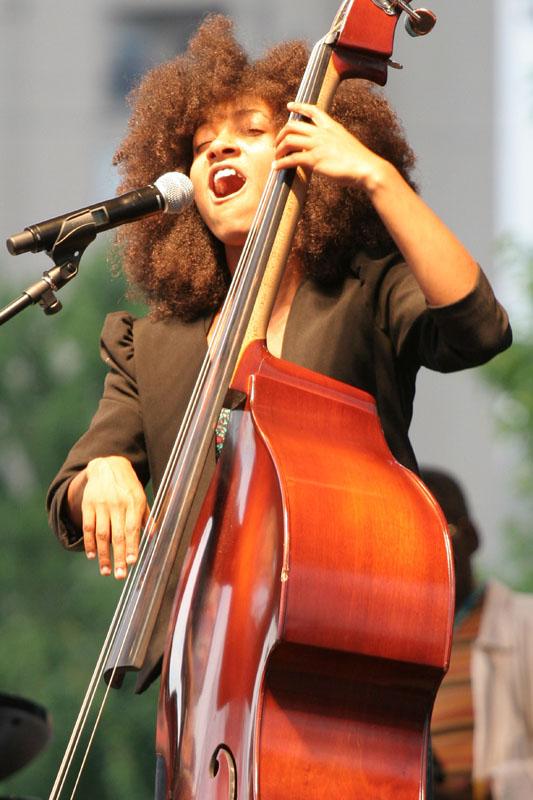 Esperanza Spalding - Atlanta Jazz Festival 2010