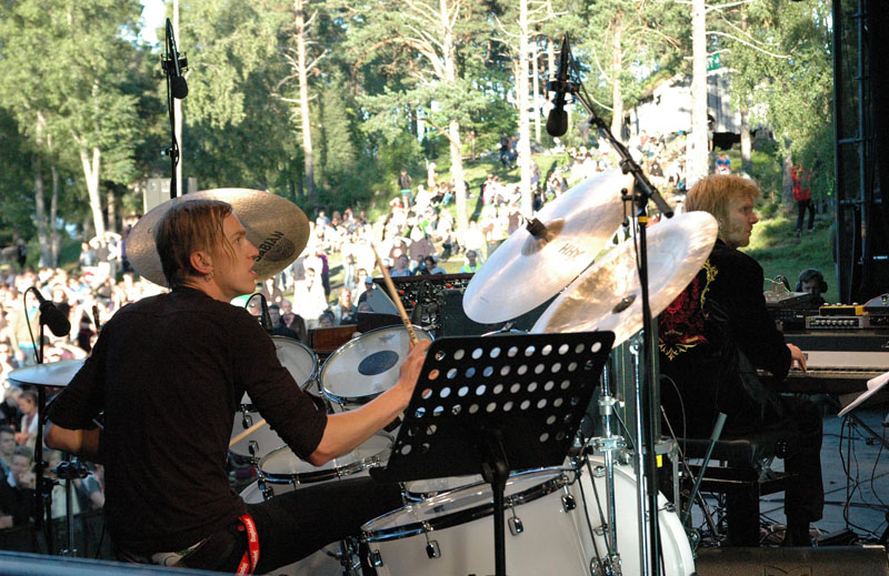 Kenneth Kapstad of Motorpshcho, Performing with Trondheim Jazz Orchestra and Trondheimsolistene, Molde Jazz 2010