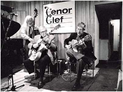Mundell Lowe, Louis Stewart 0760318 Tenor Clef, London, 1993. Images of Jazz