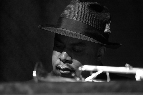 Nicholas Payton Playing Piano at the Harris Theater, Chicago 2006