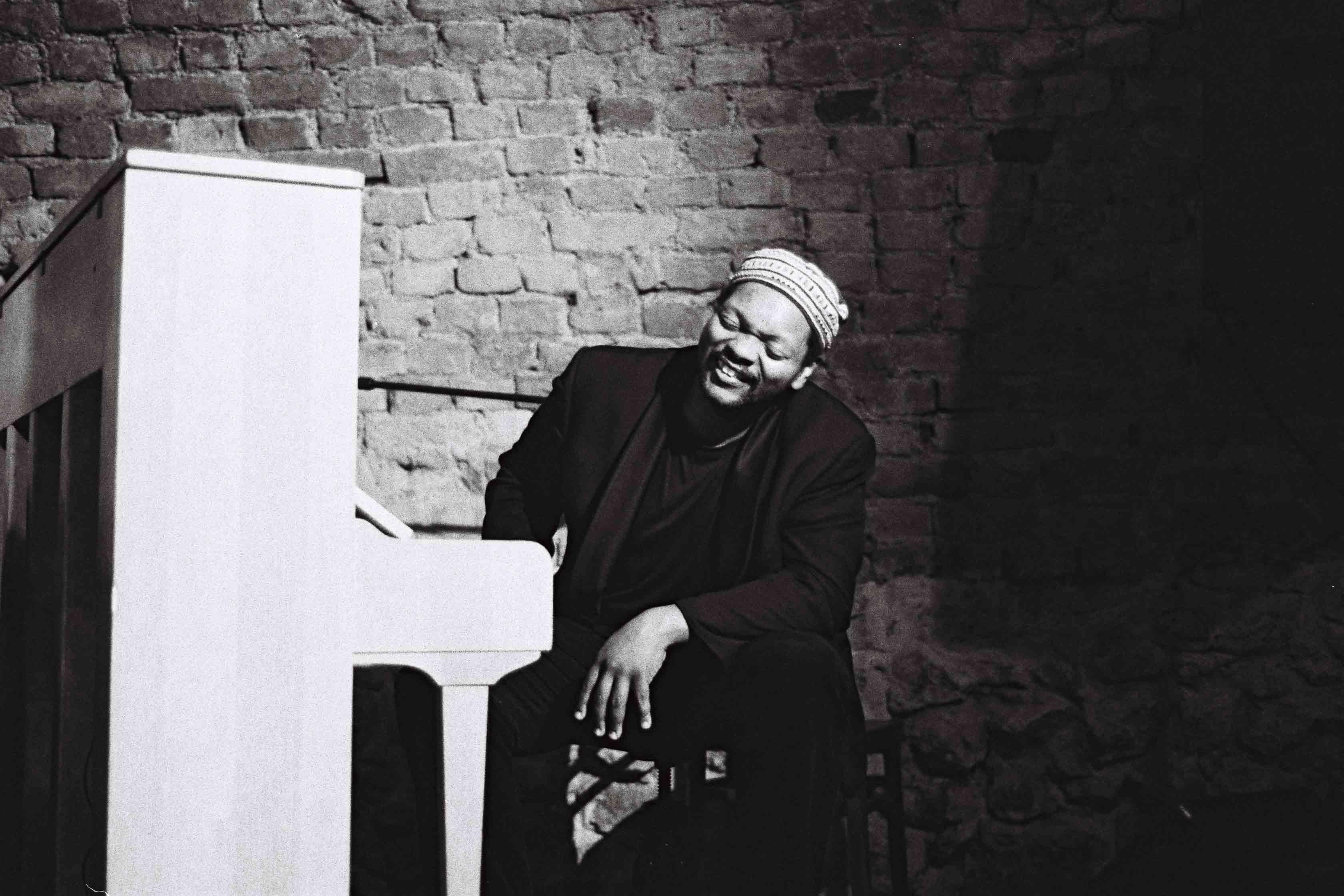International Jazz Pianist Warren Byrd