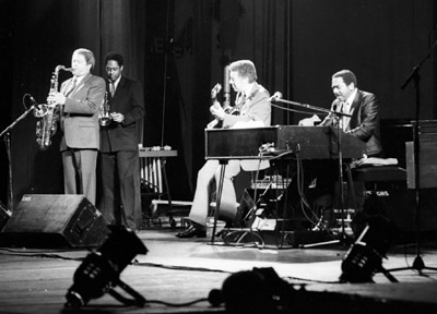 Frank Foster Jon Faddis Kenny Burrell Jimmy Smith 0425535 Philip Morris Jazz, Dominion Theatre, London. Nov. 1985 Images