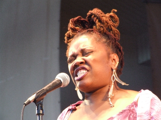 2006 Chicago Jazz Festival, Friday: Dee Alexander with the Africa Brass Tribute to Malachi Thompson
